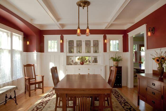 вариант дизайна потолка на кухне