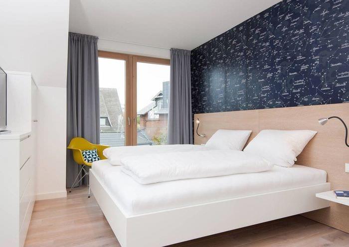 спальня 9 кв м с акцентной стеной