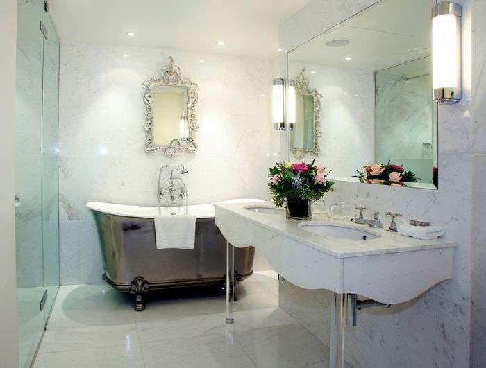 дизайн ванной комнаты с мрамором