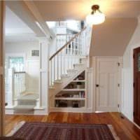 лестница в прихожей дизайн интерьера