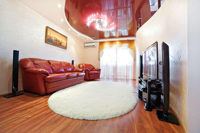 потолок в гостиной вариант дизайна