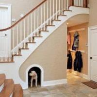 лестница в прихожей