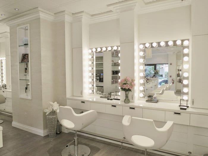светлый дизайн салона красоты