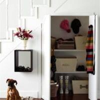шкаф для вещей под лестницей