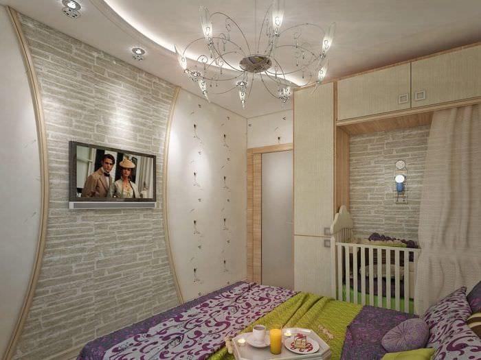 зонирование в спальне с детской кроватью