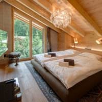 спальня в деревянном доме центральное освещение