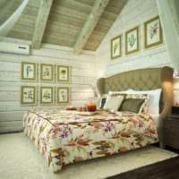 спальня в деревянном доме зеленая цветовая гамма