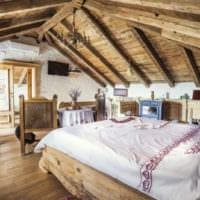 спальня на мансарде красивый дизайн