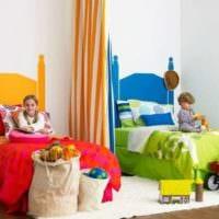 комната мальчика и девочки яркий вариант