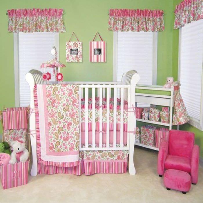 комната новорожденной девочки