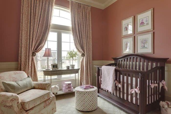 классическая спальня новорожденного