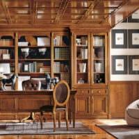шкаф в кабинете руководителя
