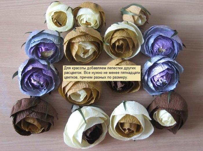 Самодельные розы из бумаги для украшения бутылки в подарок