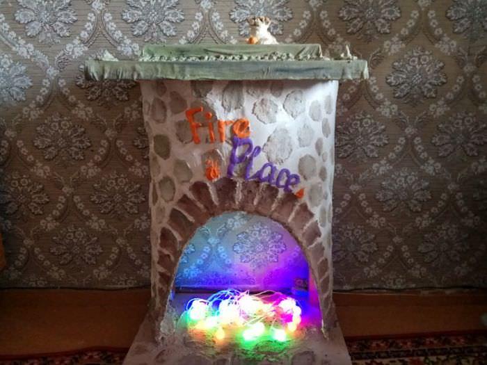Камин из бумаги в технике папье-маше своими руками