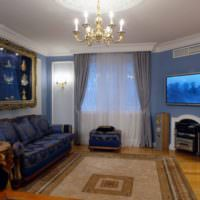 Живопись для декорирования стены над диваном