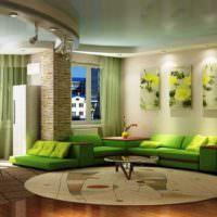 Модульные картины с цветами над диваном