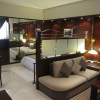 Зонирование комнаты с помощью декоративной перегородки