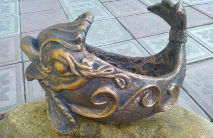 Декоративная фигурка из папье-маше в виде сказочной рыбки