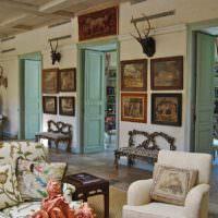 Картины в оформлении загородного дома в стиле прованс