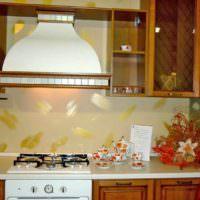 пример яркой поделки для декора кухни картинка