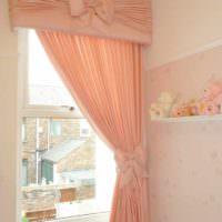 пример сочетания необычного персикового цвета в интерьере квартиры фото