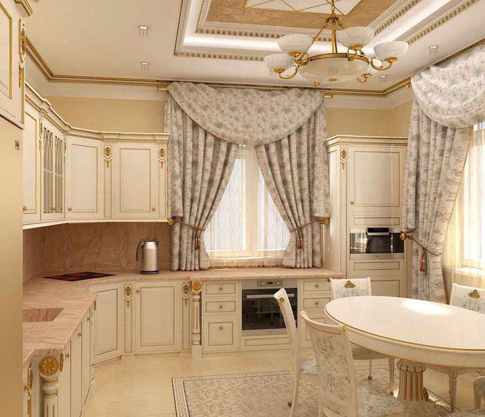 идея необычного стиля окна на кухне