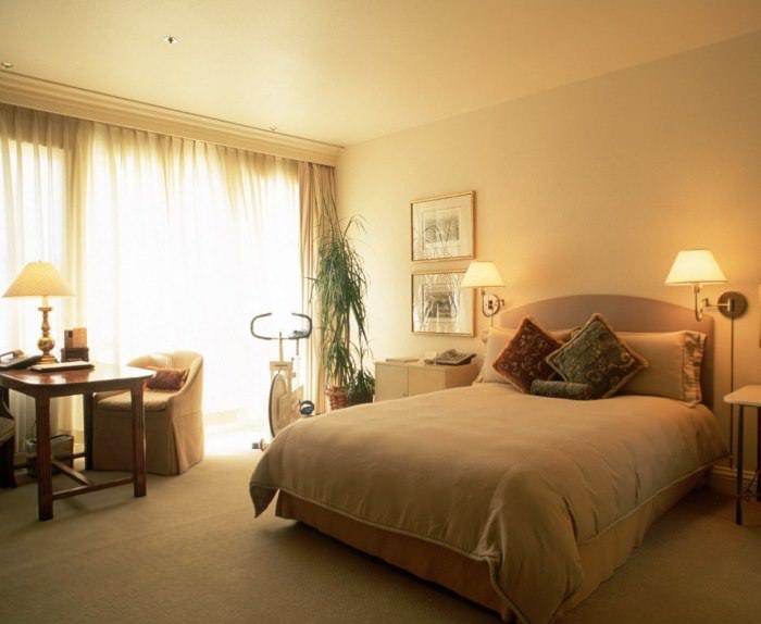 Дизайнерские ошибки одноцветного интерьера спальни