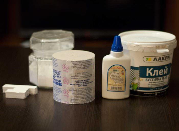 Материалы для подготовки рабочей массы для изготовления интерьерных декораций в технике папье-маше