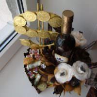 Алкогольно-денежный букет в подарок мужу