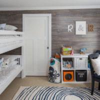 Двухярусная кровать в интерьере детской комнаты