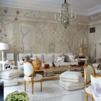 Шелкография на стенах гостиной в классическом стиле