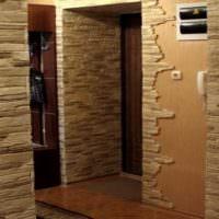 Использования декоративного камня в интерьере прихожей