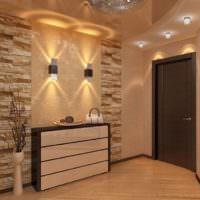 Декорирование стену в прихожей плитками камня