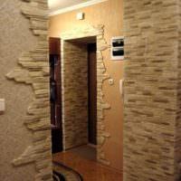 Фото отделки декоративным камнем стен прихожей