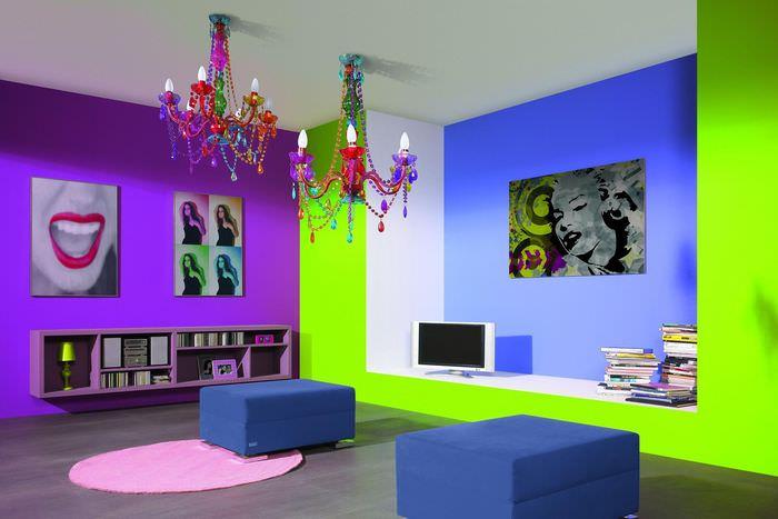 пример яркого декора квартиры в стиле поп арт