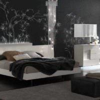 вариант красивого оформления дизайна стен в спальне фото
