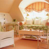пример сочетания светлого персикового цвета в дизайне квартиры картинка