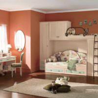 пример сочетания необычного персикового цвета в декоре квартиры фото