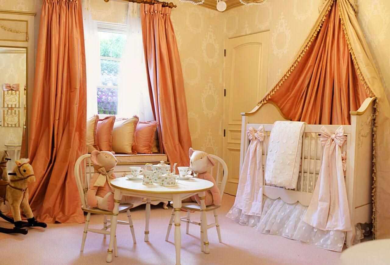 идея сочетания светлого персикового цвета в декоре квартиры