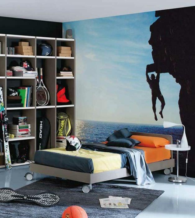 Фотообои спортивной тематики в дизайне спальни