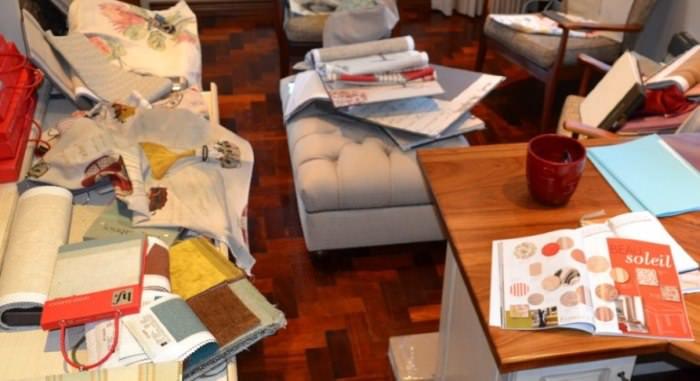 Лишние и ненужные вещи в интерьере жилой комнаты