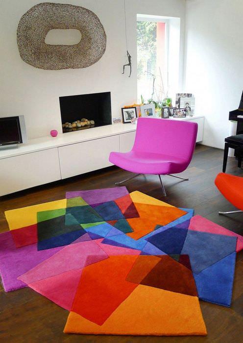 вариант необычного дизайна квартиры в стиле поп арт