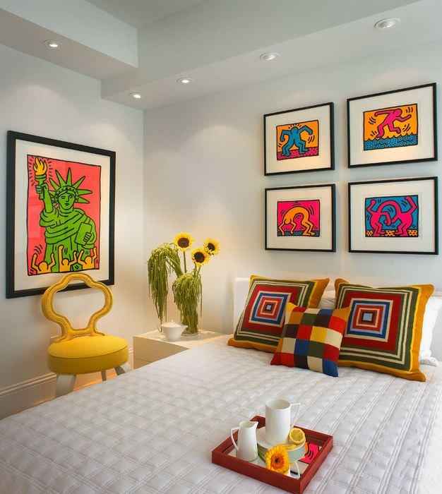 идея светлого интерьера дома в стиле поп арт