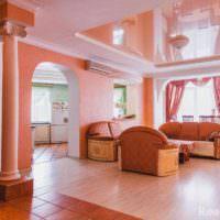 пример сочетания светлого персикового цвета в декоре квартиры фото