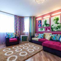 пример светлого дизайна гостиной картинка