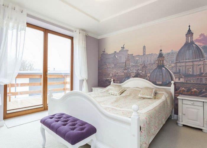 Дизайн спальни в бело-лавандовом цвете