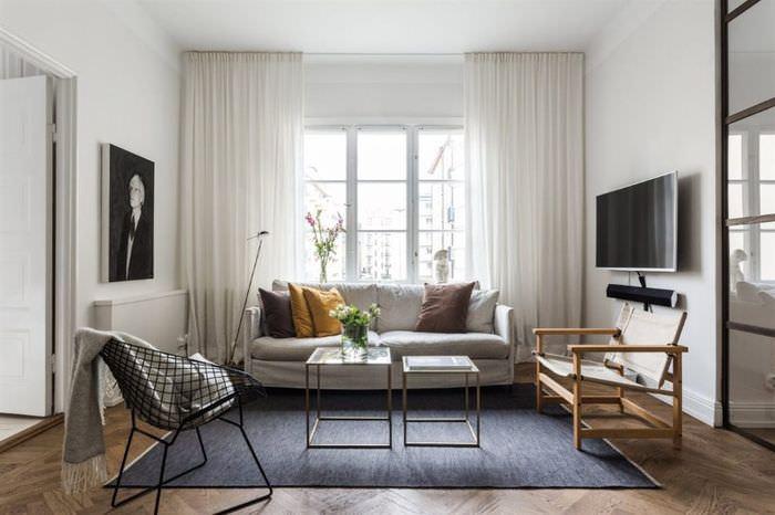 Скандинавский стиль в интерьере просторной гостиной