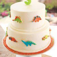 Праздничный торт на детский день рождения