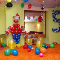 Клоун из воздушных шаров для дня рождения ребенка