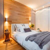 Подсветка стены с ламинатом в спальной комнате